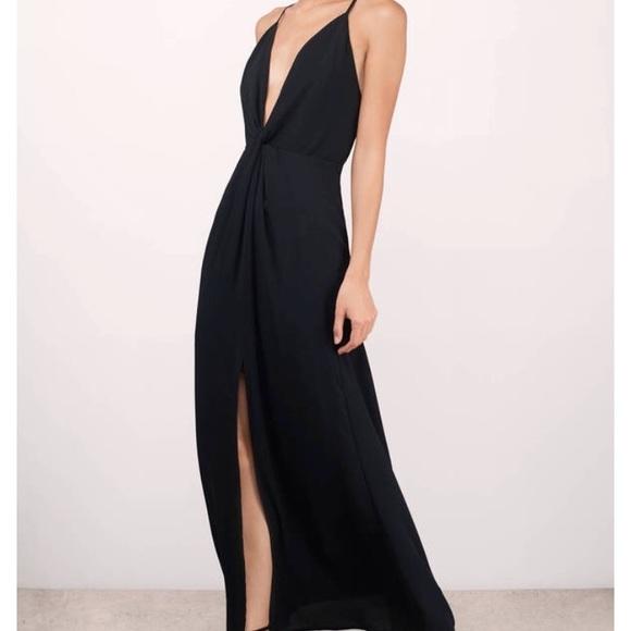 7593121873 Black low cut formal dress